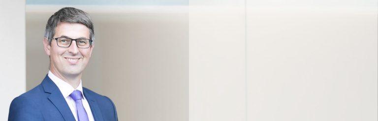 JPMorgan-On-The-Minds-Of-Investors-Tilmann-Galler-Bio-Banner-white-overlay
